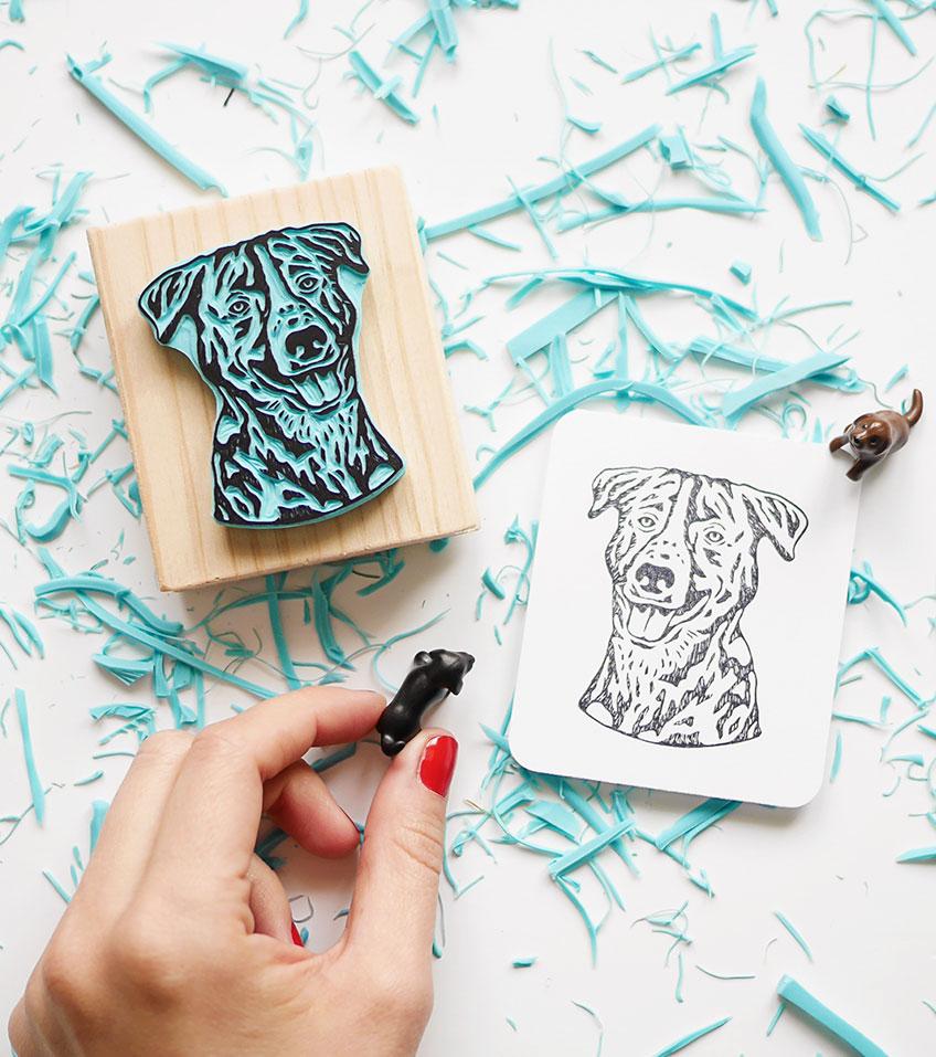 retrato-perro-labrador-ana-sola-carvado-de-sellos-personalizados-de-goma