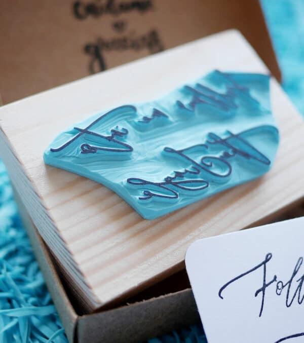 tipografía-logotipo-ana-sola-carvado-de-sellos-personalizados-de-goma