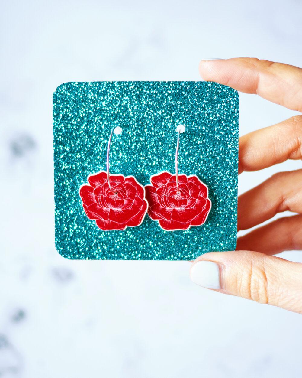 ana-sola-pendientes-aro-flores-peonia-roja