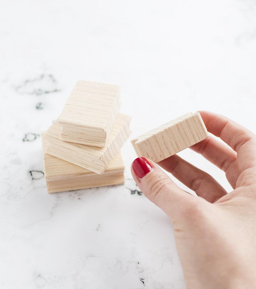 mango-de-madera-base-para-sellos-artesanales-materiales-carvado-sellos-ana-sola