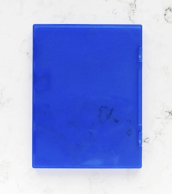 caja-azul-para-sellos-artesanales-materiales-carvado-sellos-ana-sola