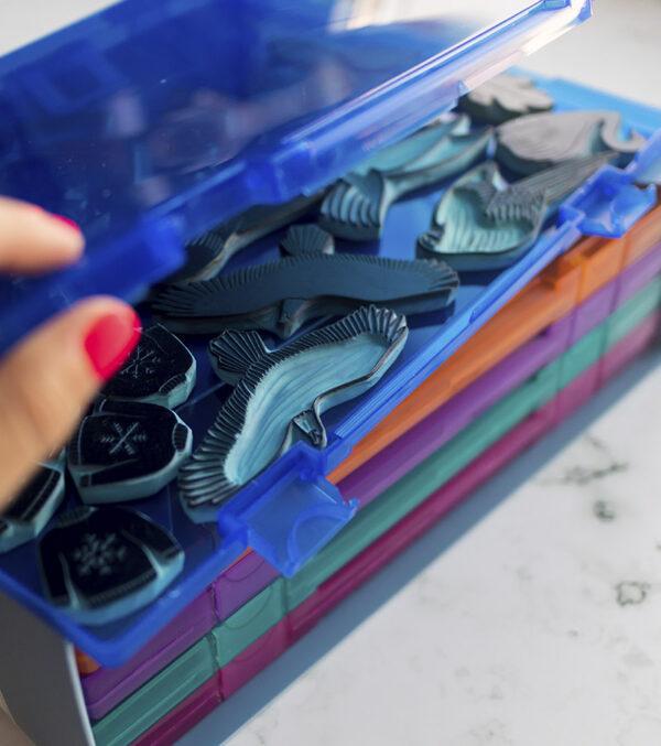 cajas-para-sellos-artesanales-materiales-carvado-sellos-ana-sola