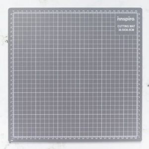 base-de-corte-28x28-materiales-carvado-sellos-ana-sola