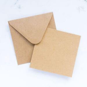postales-y-sobres-kraft-9x9-materiales-carvado-sellos-ana-sola